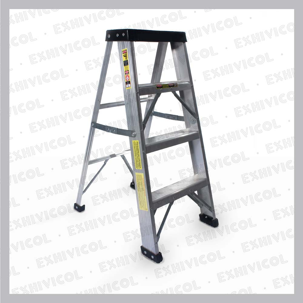 Escalera en aluminio 4 pasos for Escalera telescopica tipo tijera