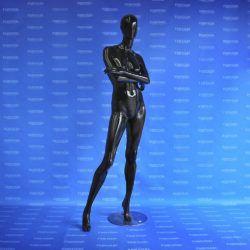 Maniquí dama brazos cruzados androide