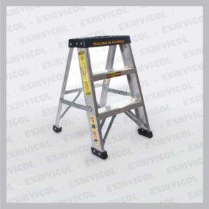 Escalera en aluminio tipo tijera
