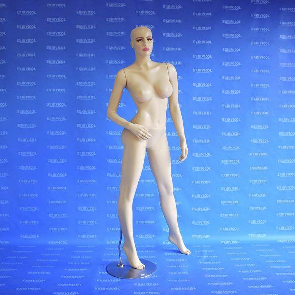 Maniquí dama maquillada caleña piel 2