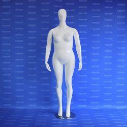 Maniquí dama androide gorda