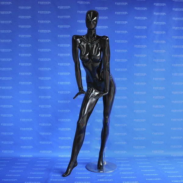 Maniqui dama androide pase manos