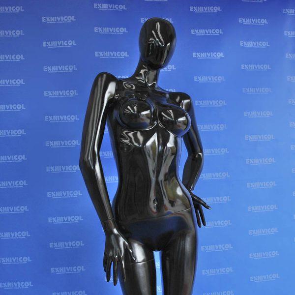 Maniquí dama androide manos en cintura 2