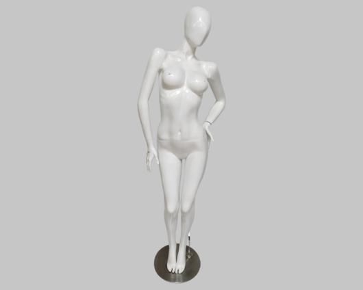 Maniquí Dama con pone de brazo en la cadera tipo androide
